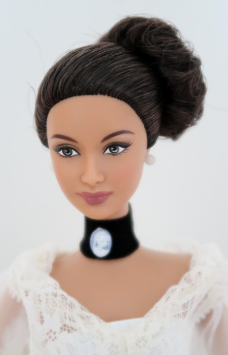Barbie DOTW Filipíny - tvář Angel/Goddess