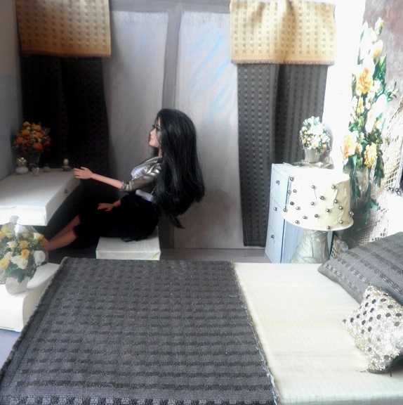 diy ložnice pro Barbie