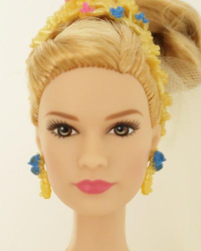 Barbie Popelka podle Lily James